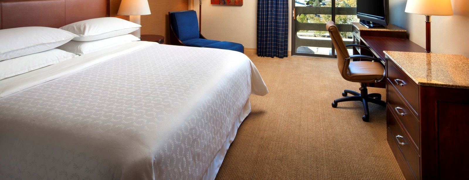 Traditional Rooms | Sheraton Albuquerque Uptown